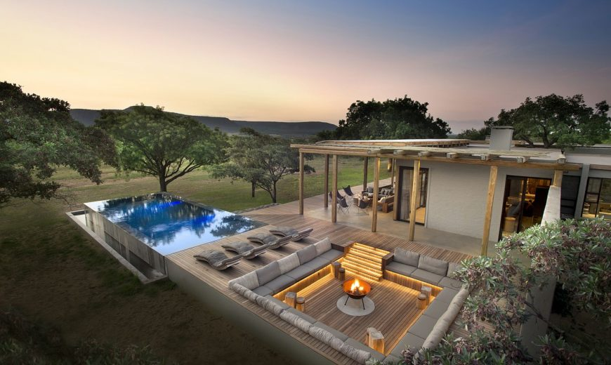 Mabote House: Exquisite South African Home Becomes One with Nature