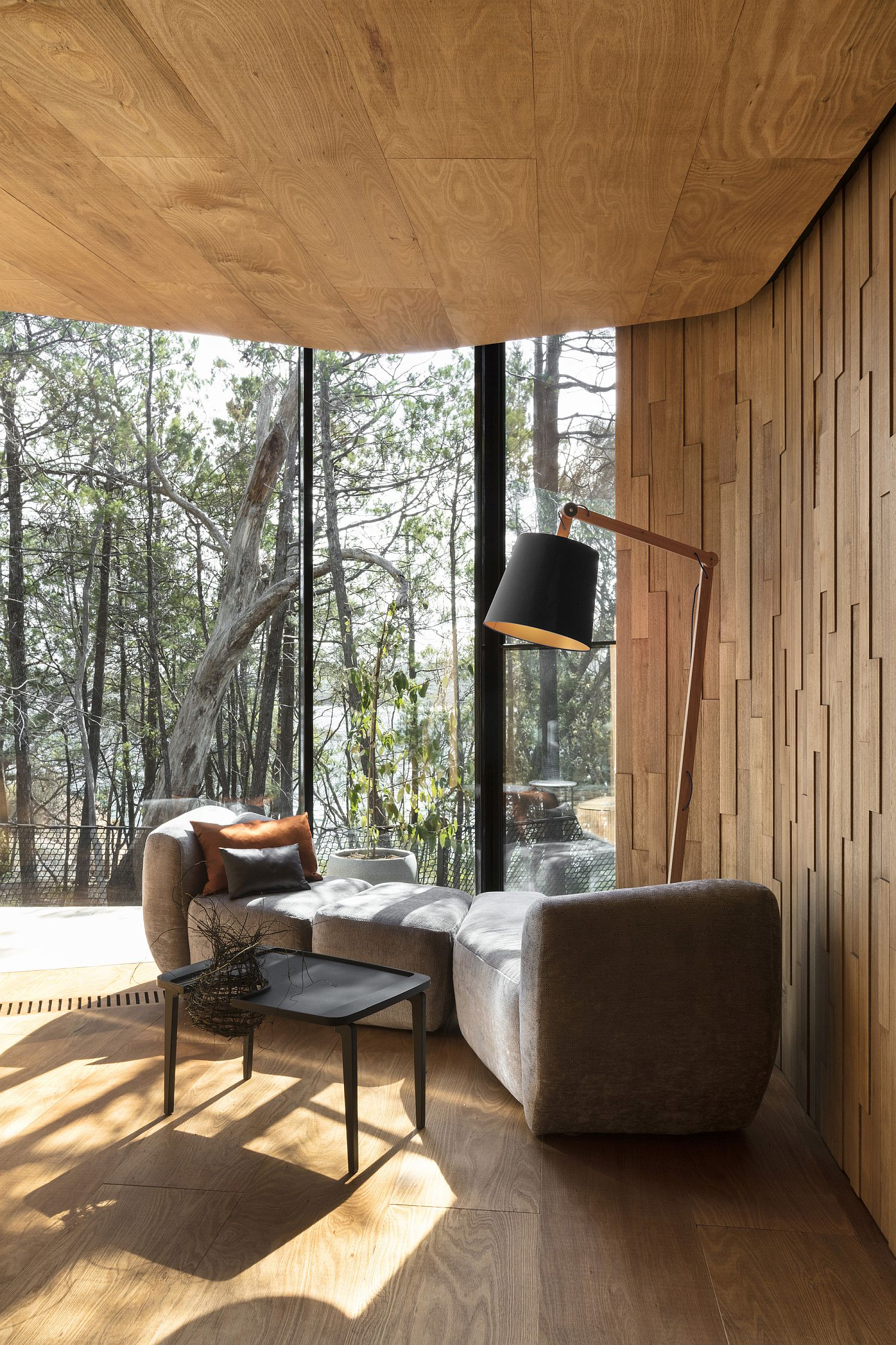 Fabulous relaxation and reading nook at the lodge