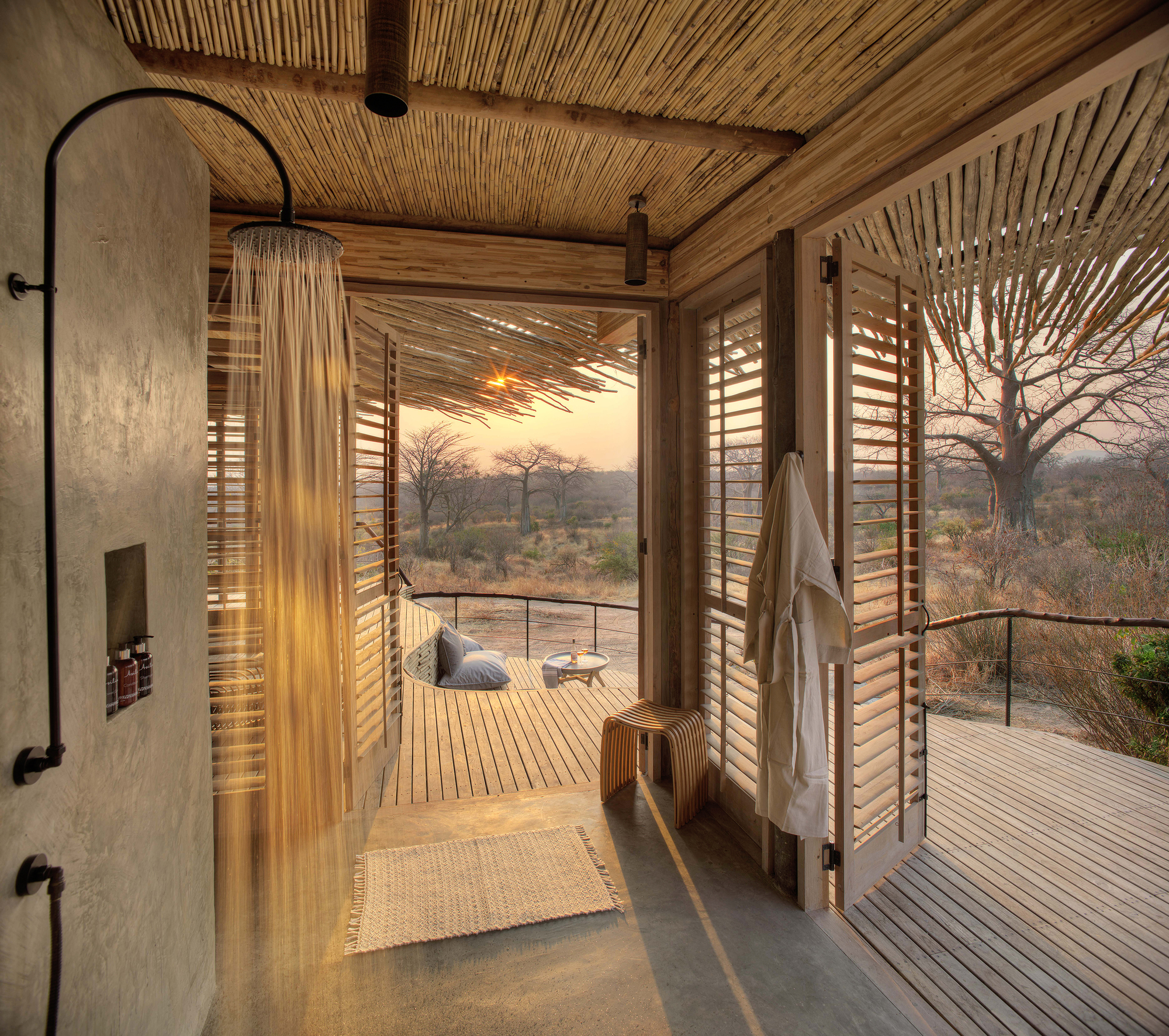 Open-shower-and-lodge-design-allows-you-to-live-within-the-confines-of-the-Serengeti
