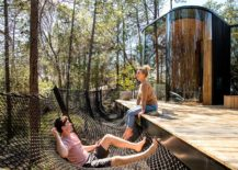 Relaxing-hammock-style-features-become-a-part-of-the-escape-217x155