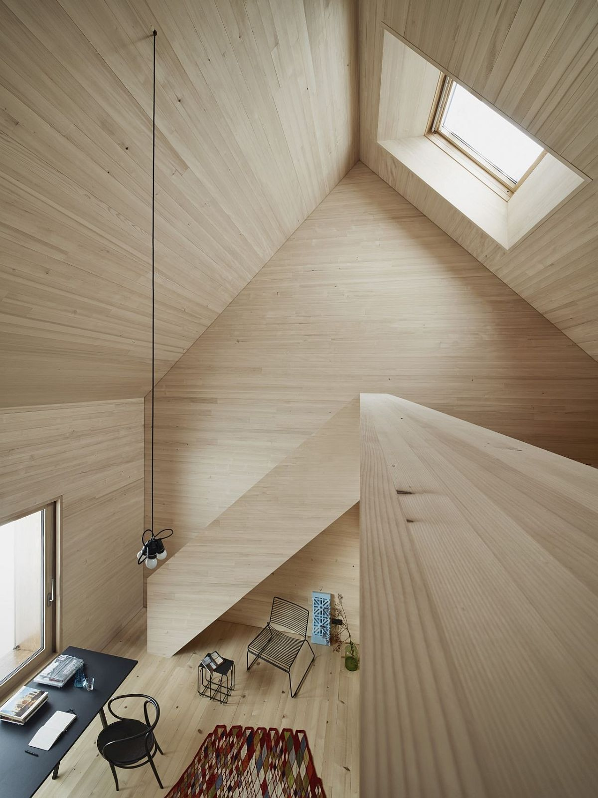 Spacious-and-open-home-office-that-is-illuminated-with-a-flood-of-natural-light
