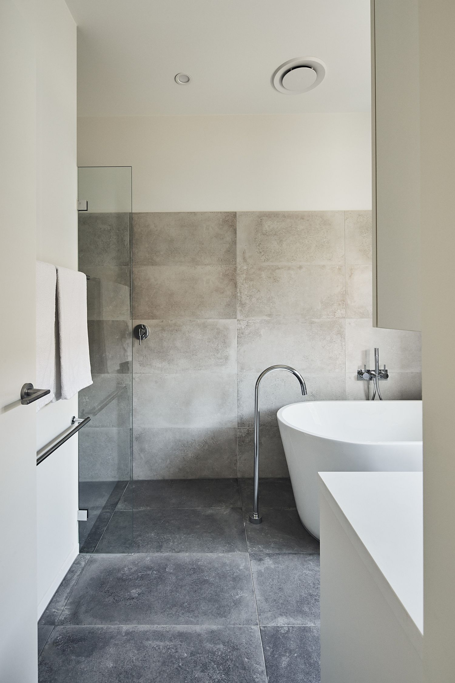 Stone and white bathroom of the modern Aussie home
