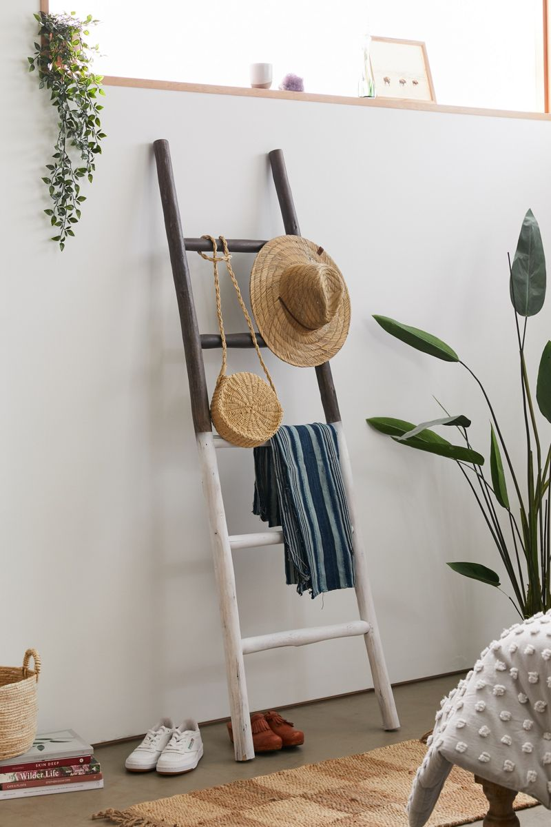 Two-tone leaning wooden ladder