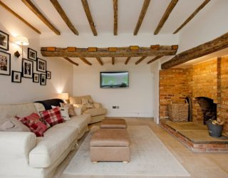 Spectacular and Cozy Living Rooms with Ceiling Beams: 25 Trendy Ideas, Inspirations