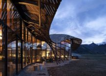Wavy-and-unique-roof-form-of-the-lodge-inspired-by-glacial-moraines-217x155