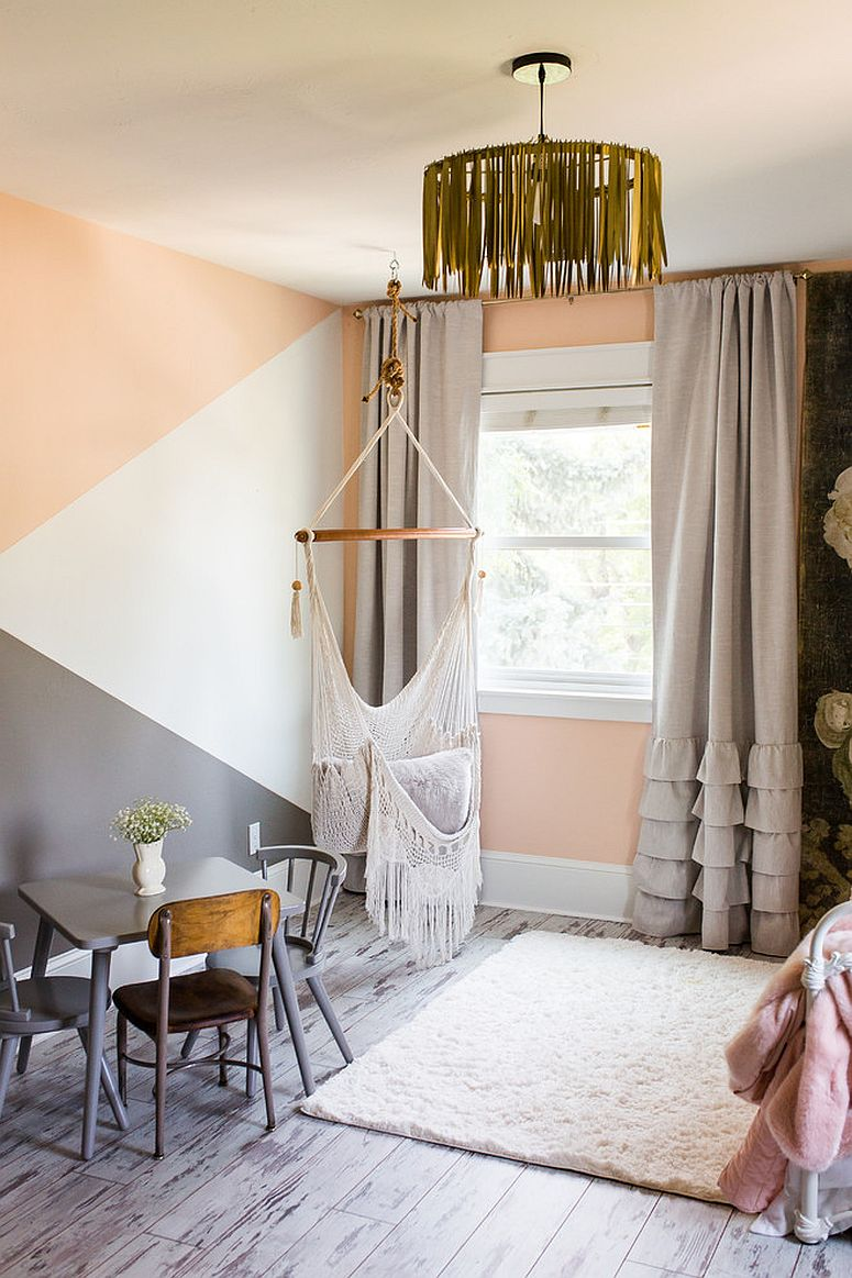 Beautiful and eclectic kids' room with a touch of shabby chic