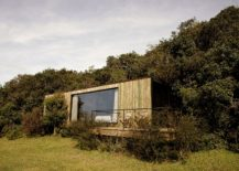 Bosque-Refuge-in-Brazil-surrounded-by-greenery-217x155
