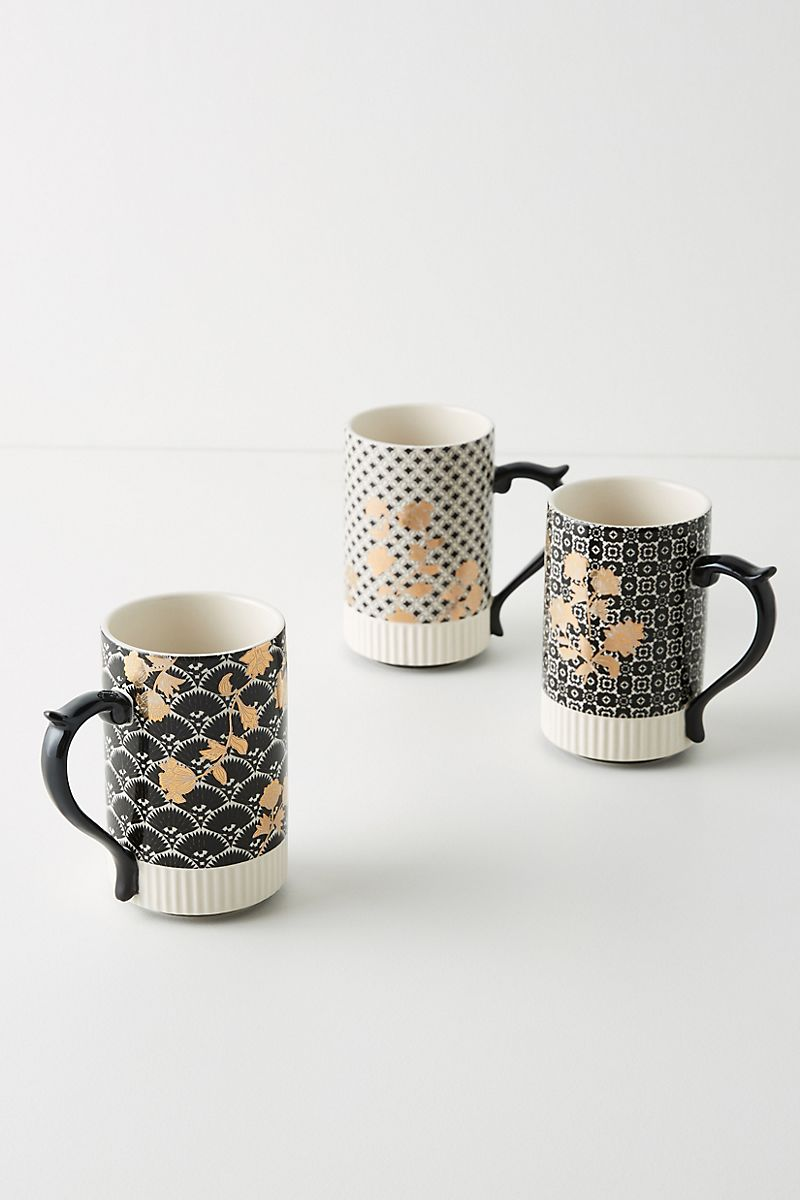 Deco-style mugs in black, white and gold