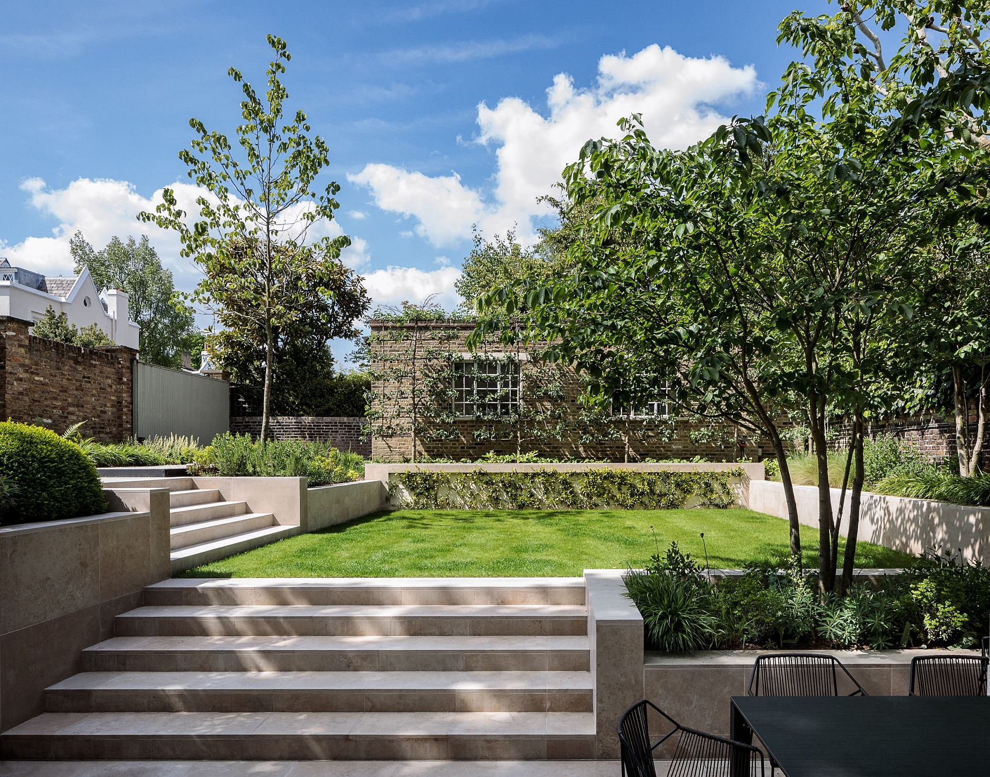 Garden area and exterior of the Carlton Hill Residence