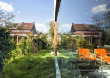 Glass-walls-connect-the-interior-with-the-landscape-outside-217x155