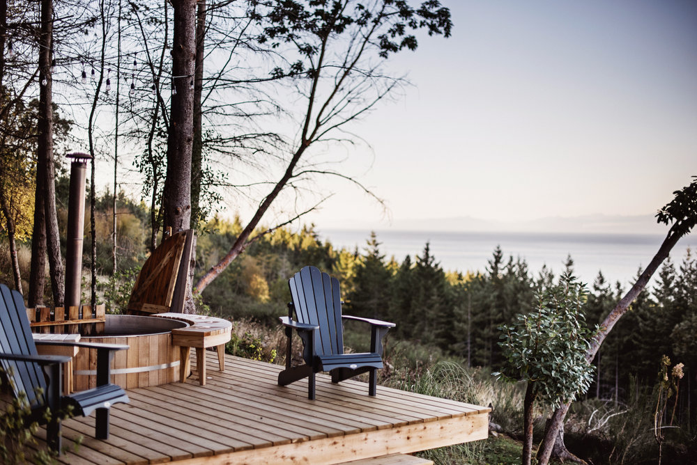 Hot tub on the deck gives fabulous views while helping you relax