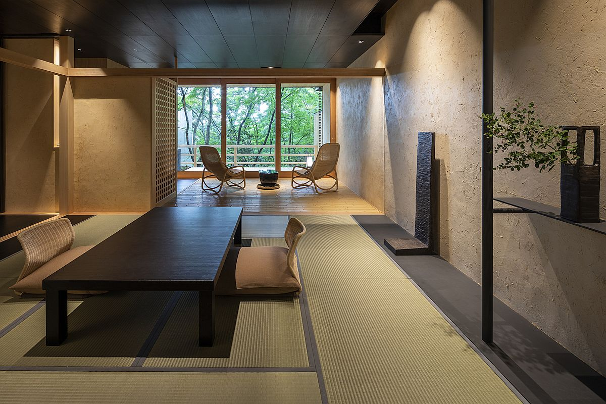 Living area of the Beniya Mukayu Byakuroku in Japan