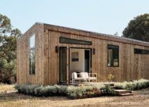 Simple-and-elegant-tiny-house-design-that-saves-space-and-budget-217x155