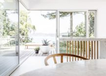 Stunning-view-of-Lake-Washington-from-the-Midcentury-home-217x155