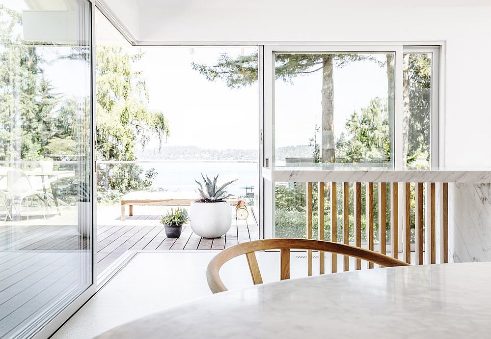 Stunning view of Lake Washington from the Midcentury home