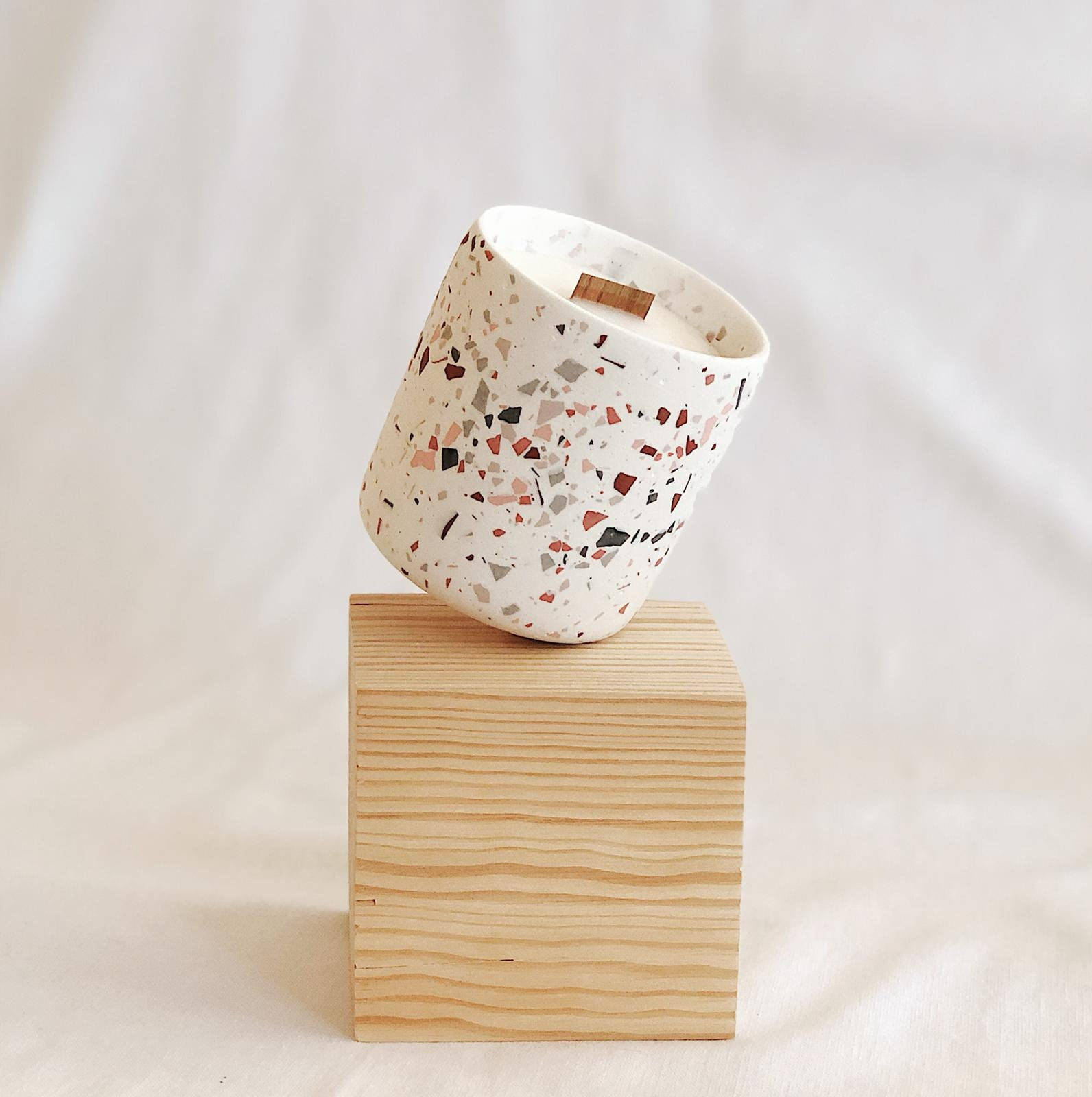 Terrazzo candle from Etsy shop ZOA concept
