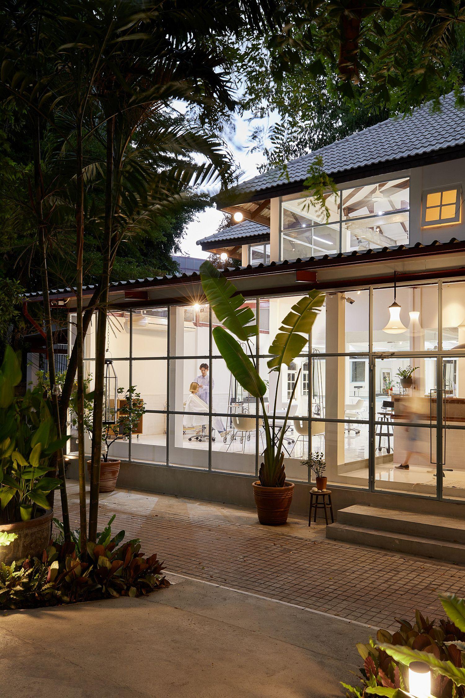 Twin level multi-generational home turned into salon