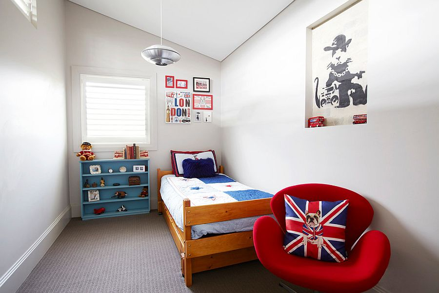 White and small kids' bedroom with pops of color to enliven it