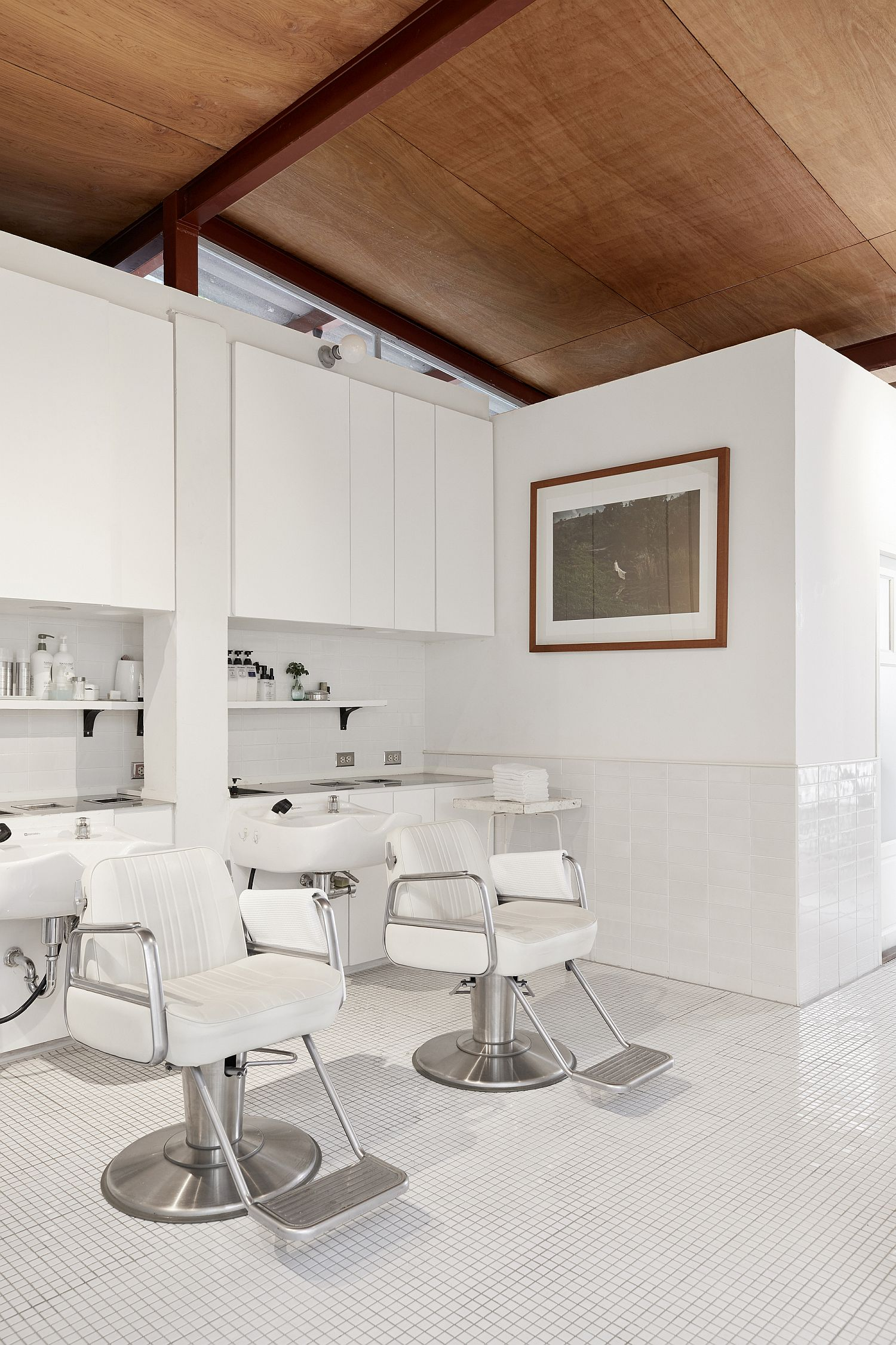 Wood ceiling for the all-white interior