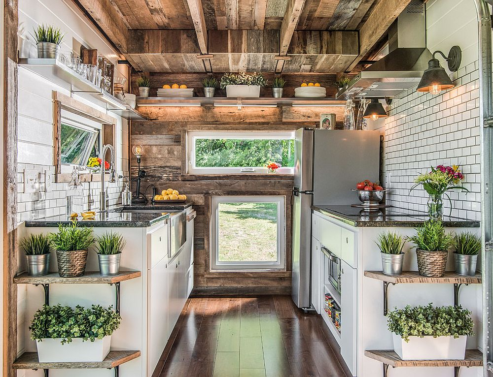 Use-of-multiple-windows-to-light-up-the-small-industrial-kitchen-with-ample-woo