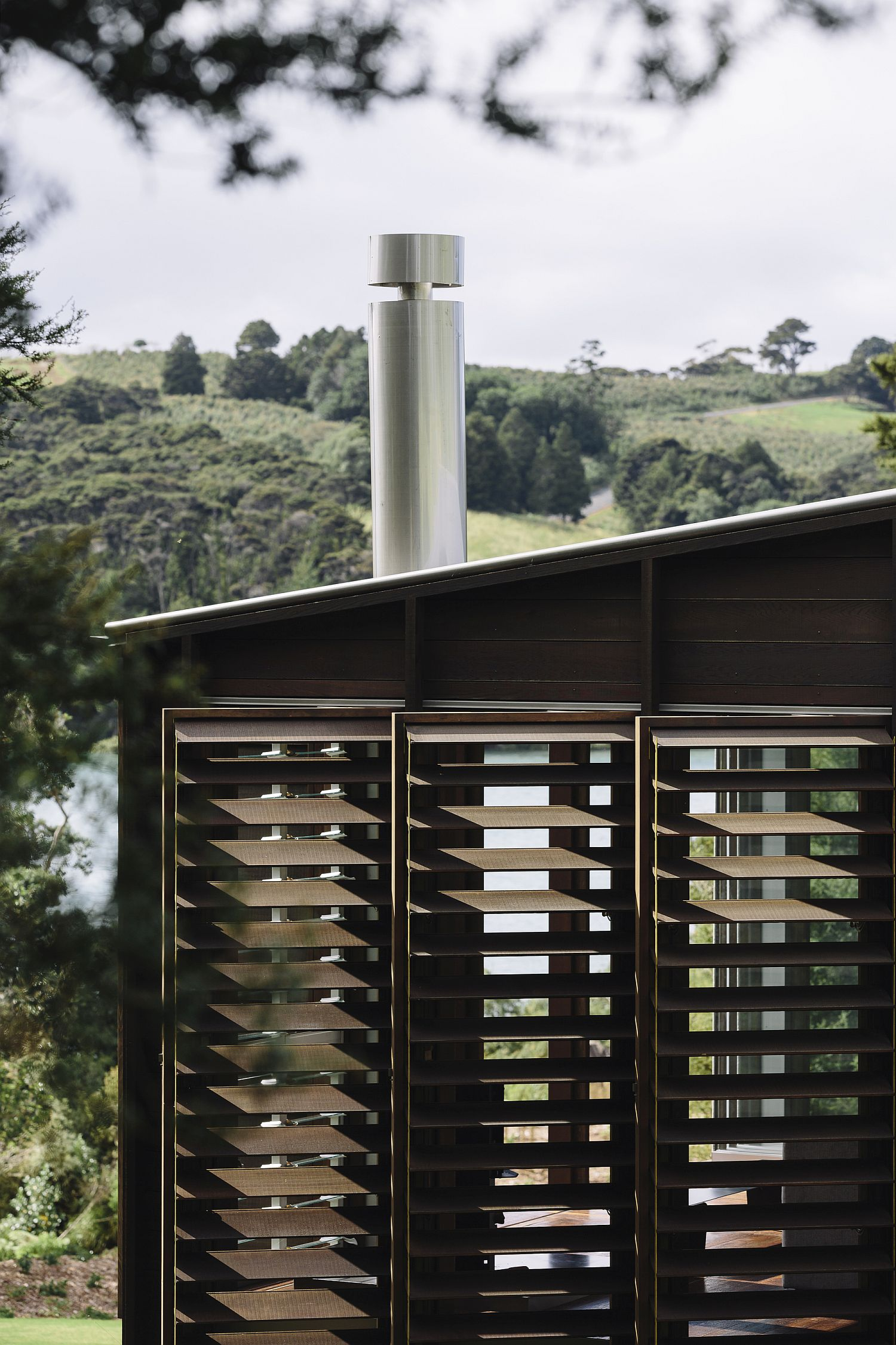 Wooden shutters of the cabin allow you to switch between privacy and ventilation