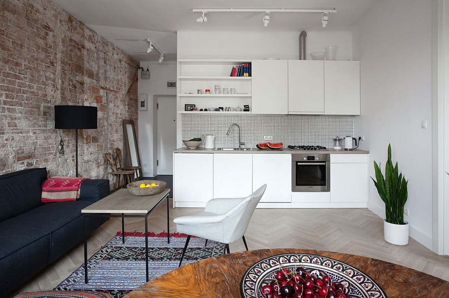 A-brick-wall-in-the-apartment-becomes-a-part-of-the-kitchen-narrative-in-here