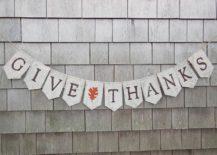 DIY-burlap-banner-for-Thanksgiving-217x155