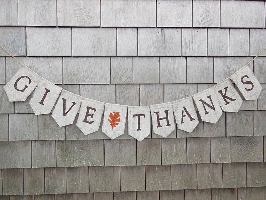 DIY-burlap-banner-for-Thanksgiving