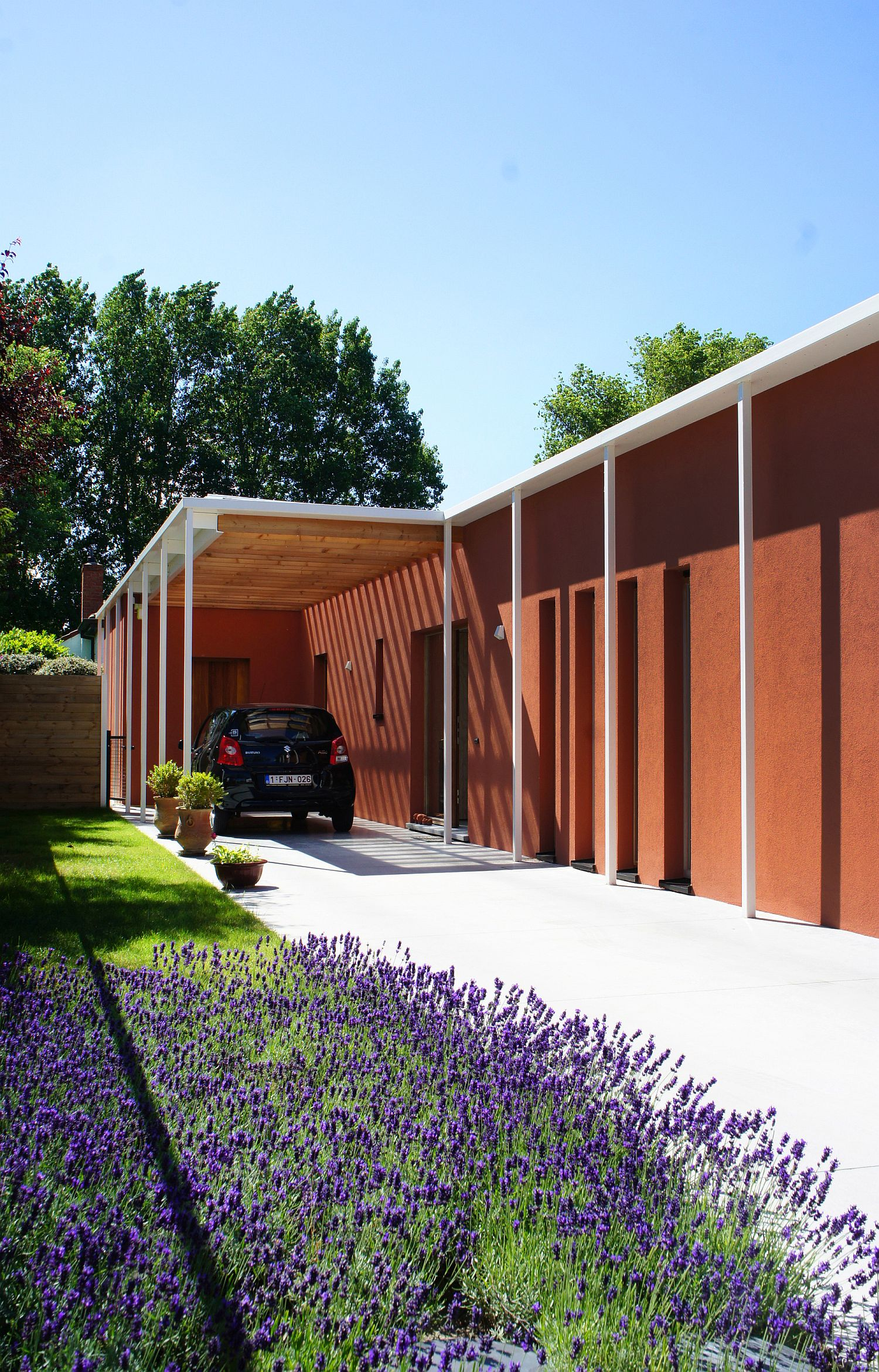 Garden and covered carport of the house