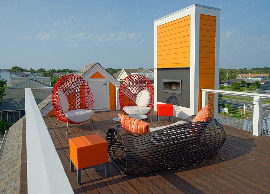 Modern beach style deck with dashing pops of orange