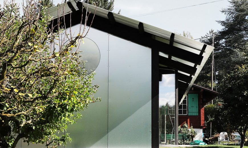 Permanent Weekend House on Outskirts of Geneva: Old Chalet Finds New Expression!