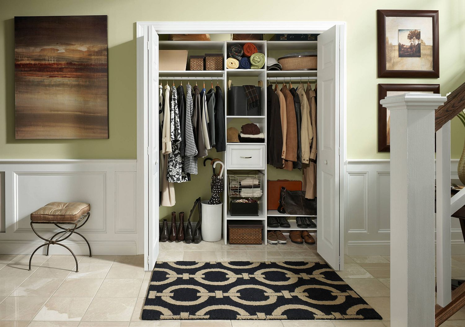 Modular closet soltions for those who wish to maximize space