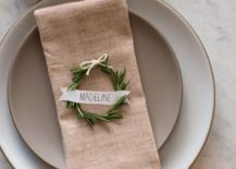 Simple-and-minimal-rosemary-place-wreaths-for-the-Thanksgiving-table-217x155