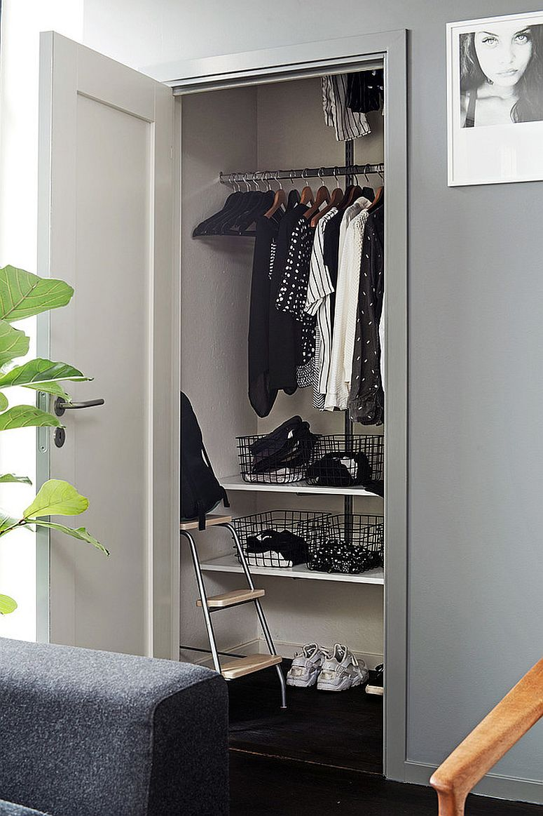 Small closet idea for the bedroom with limited shelf space