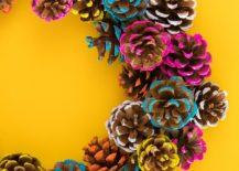 Striking-pine-cone-fall-wreath-idea-217x155