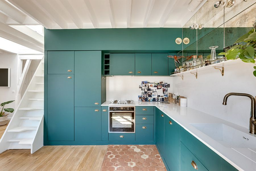 Teal-gives-the-neutral-kitchen-a-whole-new-look-inside-the-white-Paris-apartment