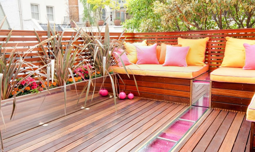 25 Smart and Trendy Ways to Add Color to the Outdoor Hangout