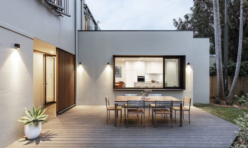 This Home Abandoned for 20 Years in Sydney Finds New Life with Smart Restoration
