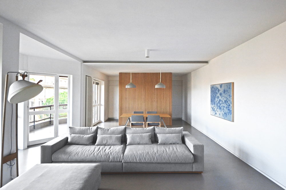 lad bow window house living space
