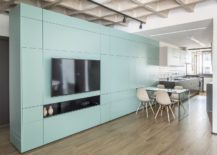 108-Apartment-in-Brazil-with-a-gorgeous-multi-functional-wall-in-turquoise-217x155