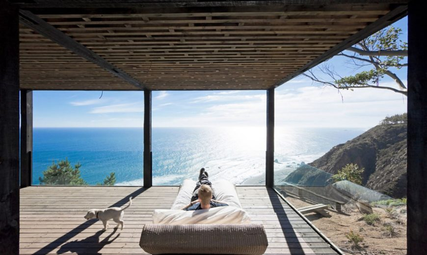 Stunning Contemporary Weekend Escape on the Edge of a Cliff with Ocean Views