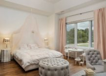 Bringing-pink-and-coral-into-the-cheerful-shabby-chic-kids-bedroom-217x155