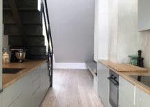 Combining-light-and-dark-elements-inside-the-Norwegian-apartment-217x155