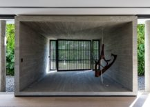 Concrete-box-styled-structures-shape-the-interior-of-the-modern-house-217x155