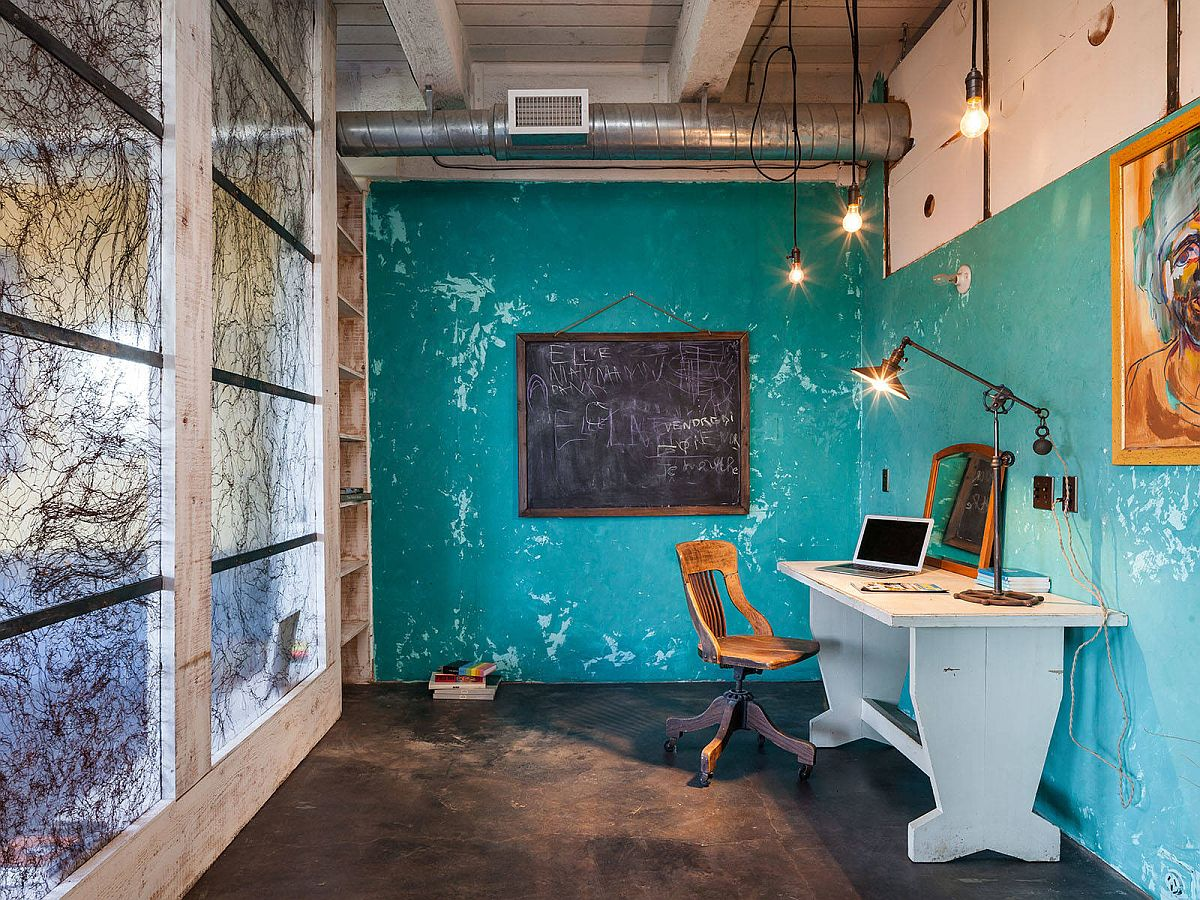 Concrete is the perfect element to try out the wabi-sabi look in the modern home office