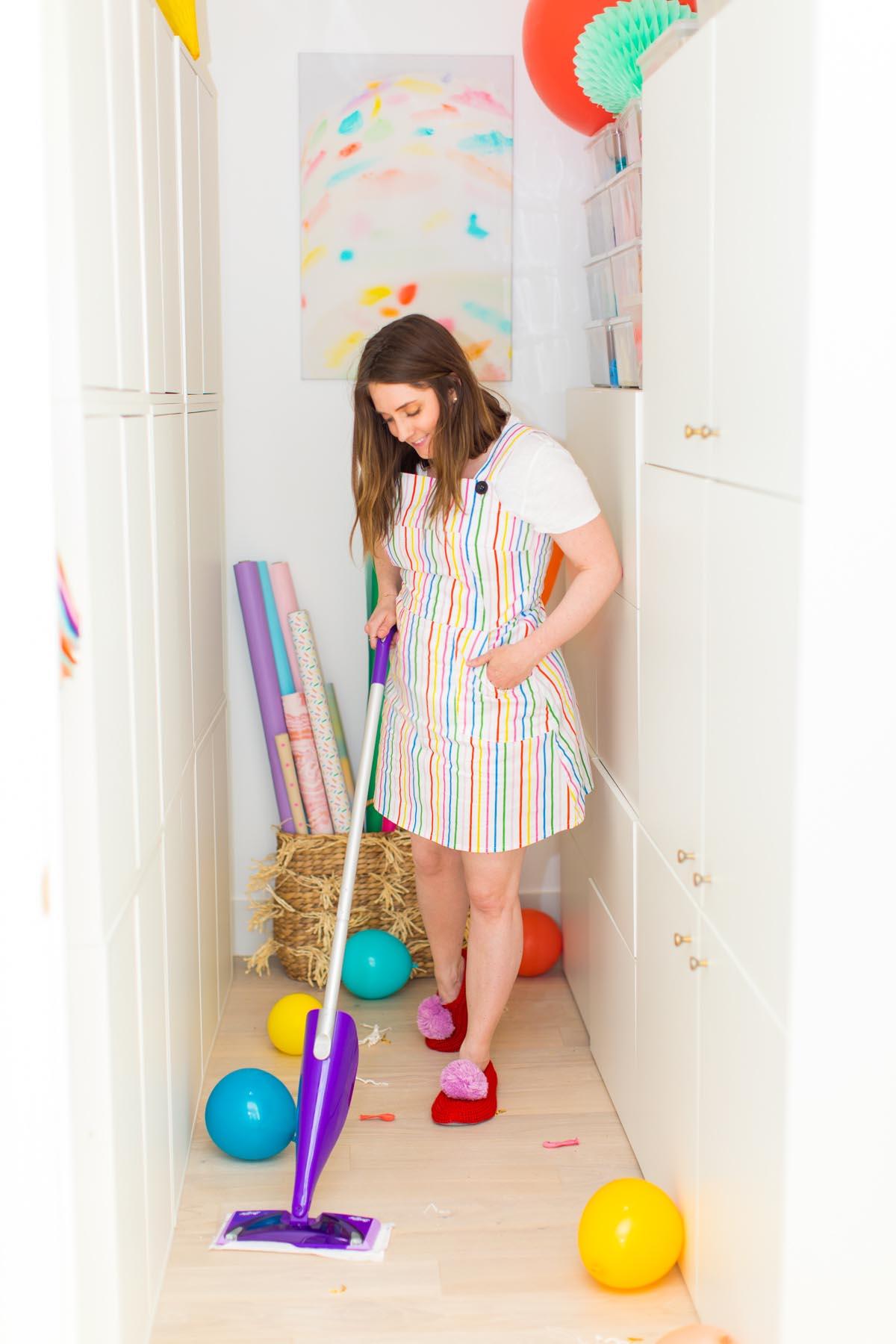 Craft-closet-organization-and-cleanup
