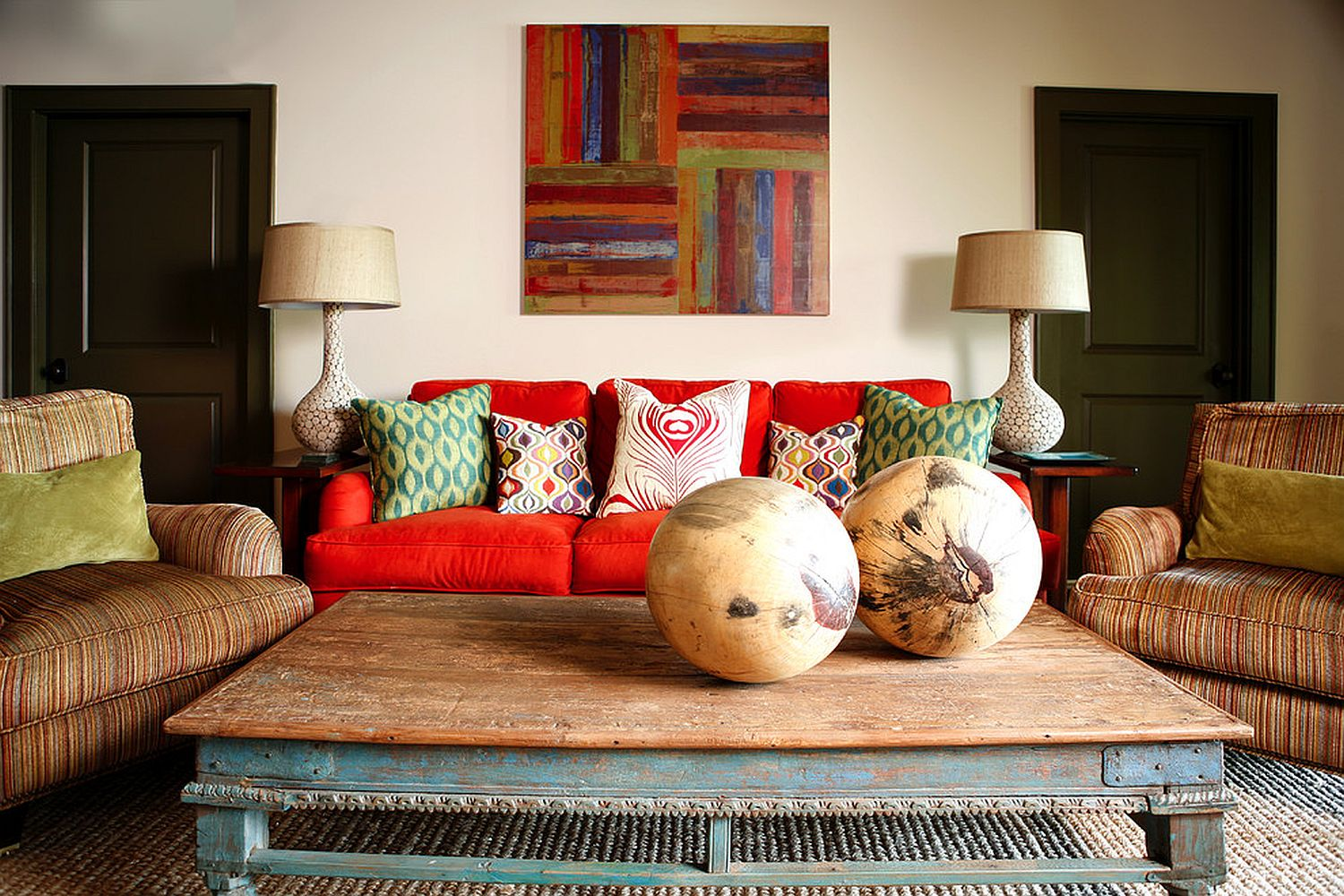 DIY wall art piece is an easy and inexpensive way to add color to your home