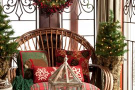 Christmas Porch Decorations: From Garlands and Wreaths to Lights and Signs