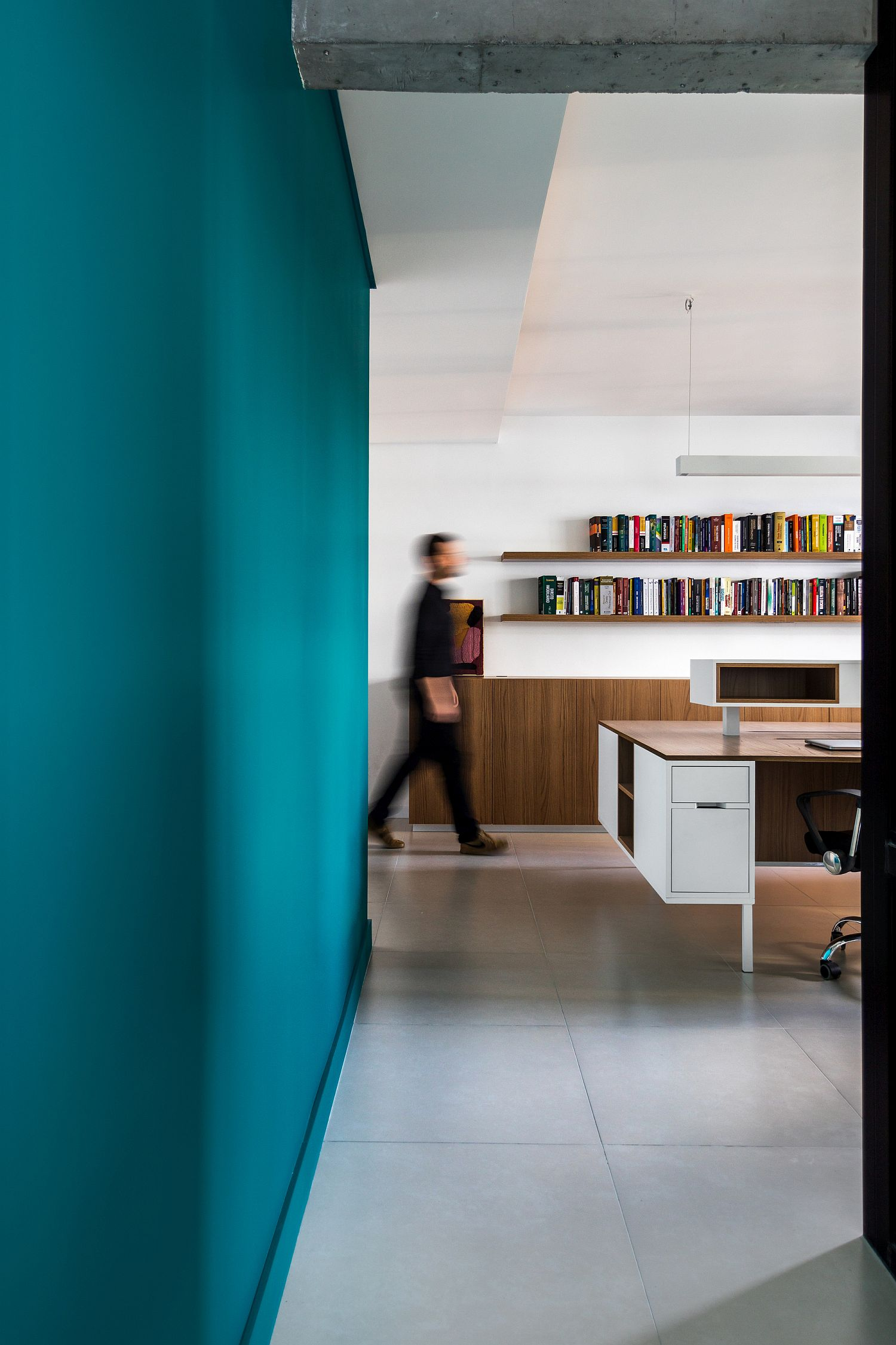 Exquisite design of the modern AB&D Office in Brazil