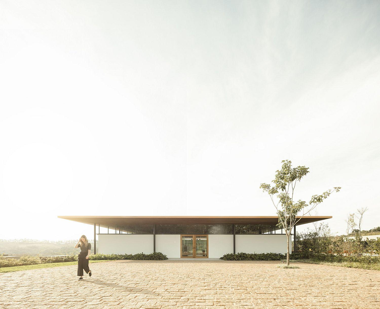 Innovative and modern design of Bela Vista House in Brazil
